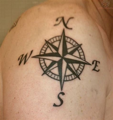 compass shoulder tattoo 13 compass tattoos on shoulder