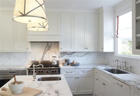 Kitchen Backsplashes With White Cabinets statuary marble backsplash transitional kitchen