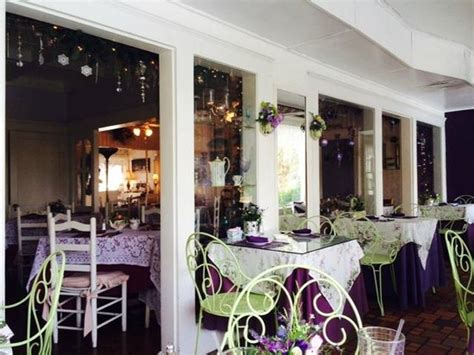 lavender and lace tea room outdoor dining tables picture of lavender n lace tea room lake alfred tripadvisor