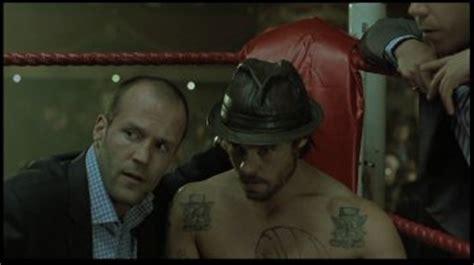 film avec jason statham et brad pitt des muscles de la sueur des flingues killer elite