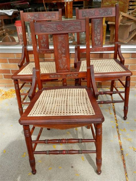 recaning a chair bottom 1000 images about chairs i caned on