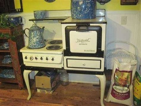 vintage kitchen appliance for sale vintage stoves 475 antique hotpoint stove for sale in