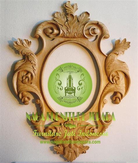 Cermin Bingkai Kayu pigura cermin dinding kayu jati ukir minimalis