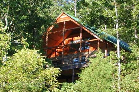 the mountain log cabin lookout secluded luxury lodging