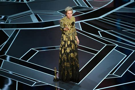 Stand By For The Gadget Oscars by Oscars 2018 Frances Mcdormand Wins Best For Three