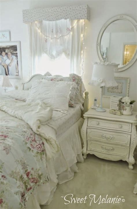 shabby chic small bedroom 33 and simple shabby chic bedroom decorating ideas