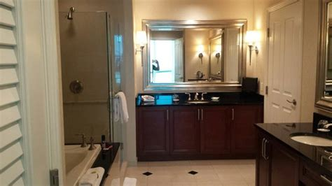 one bedroom balcony suite master bath great jetted
