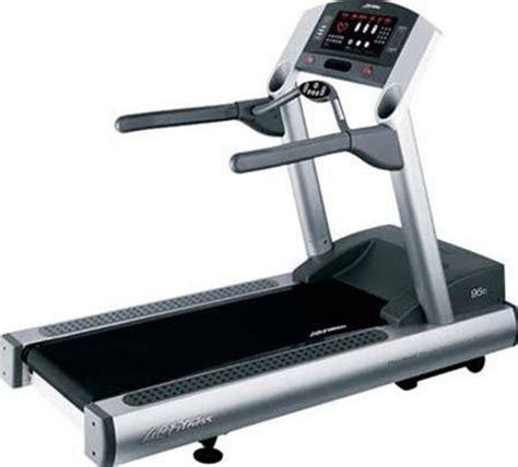 Life Fitness 95Ti Treadmill   GymStore.com