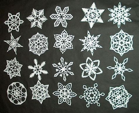 How To Make Paper Snowflake - how to make 6 pointed paper snowflakes