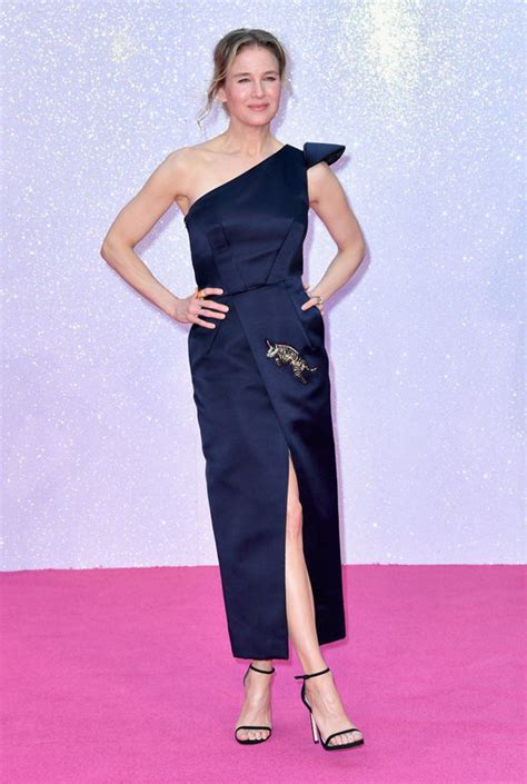 renee zellweger red carpet in or out ren 233 e zellweger in schiaparelli couture at the