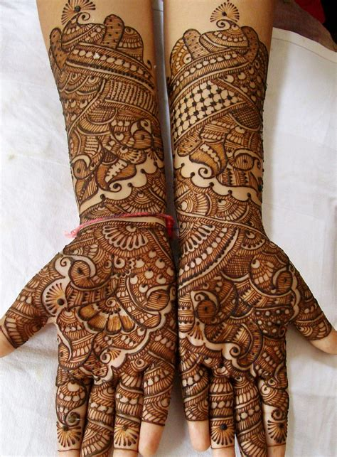 Mehandi Pic | rachana mehandi artist trainer indian traditional
