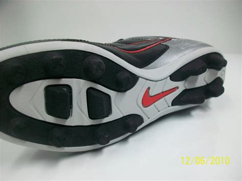 football shoes blades boys nike football boots mouled blade s studs sports size
