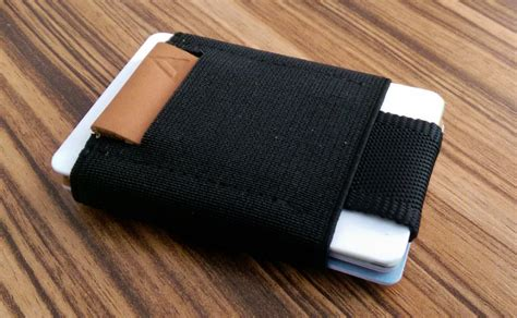 Basic Wallet why basics wallet is one of the best minimalist s