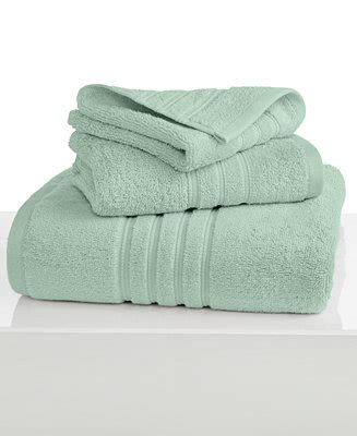 Bantal Hotel Bantal The Luxe Pillow Micro Support closeout hotel collection microcotton 174 luxe 30 quot x 56 quot bath towel bath towels bed bath