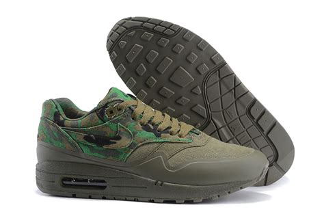 Free Kaos Kaki Sneakers Nike Hiver Flyknite Racer Bnib Original nike air max 1 mc sp print army green mens running shoes 607401 004 shoesclue