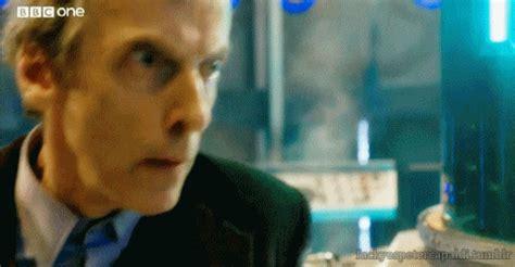 new chrismas gif doctor who gif find on giphy