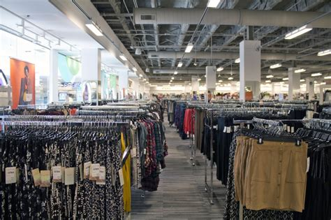 Bnordstrom Rack by Checking Out Nordstrom Rack At Colonie Center All