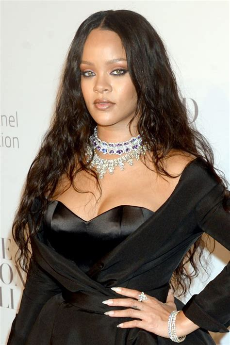 rihanna grey hair color rihanna hair color rihanna hairstyles hair colors style