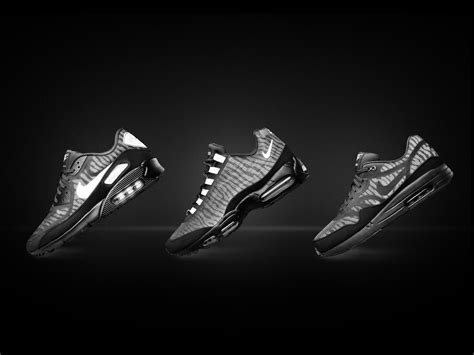 nike light reflective shoes the nike air max reflect collection one shoe both sides