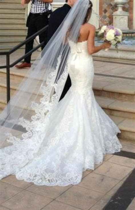 25  best ideas about Long lace veils on Pinterest   Lace