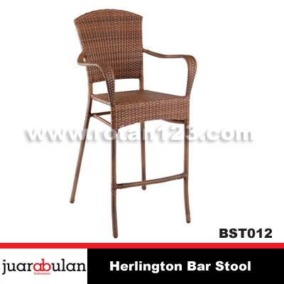 Kursi Bar Rotan harga jual herlington bar stool kursi bar rotan sintetis model gambar