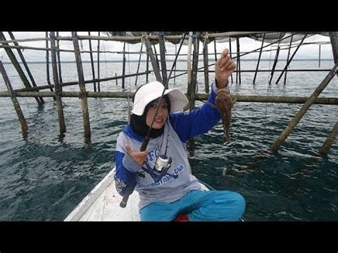 Kaosbajutshirt Mancing Mania Indonesia Angler mancing mania strike ikan kerapu angler anya