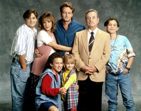 Boy meets world spinoff girl meets world casting surprise as lee