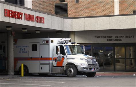 Mercy Center Emergency Room by Emergency Rooms Try To Free Doctors To Aid Urgent Patients Toledo Blade