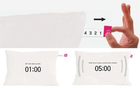 fa bene dormire senza cuscino e il cuscino a svegliarti forse paperblog