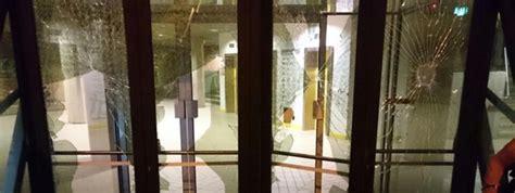 siege cgt le si 232 ge de la cgt quot vandalis 233 quot dans la nuit de vendredi 224