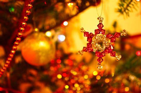 tree decorations beautiful christmas light wallpaper 21 stunningly beautiful desktop wallpapers website design inspiration web design