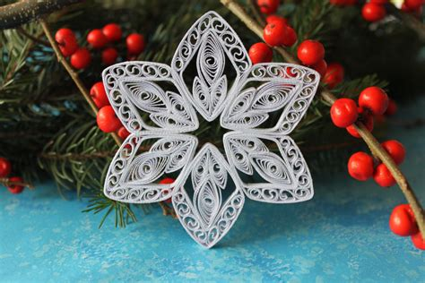 paper christmas ornaments patterns aspen snowflake paper quilled ornament