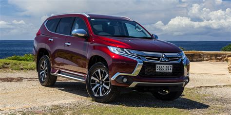 mitsubishi pajero sport 2016 mitsubishi pajero sport gls review caradvice