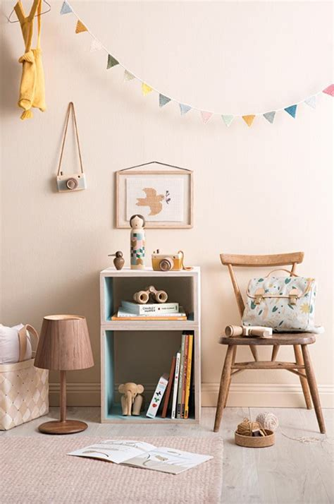 vintage babyzimmer room ideas wood details and vintage touches petit