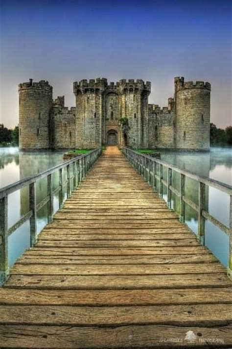 most beautiful english castles 10 most beautiful castles around the world