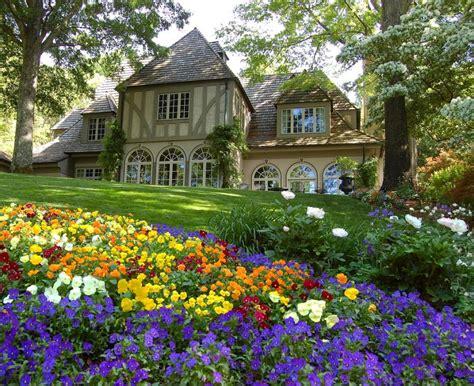 Gibbs Gardens by Gibbs Gardens Ground Pixdaus