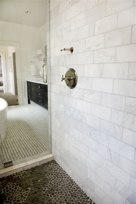 is the shower walls carrara marble what size marble tiles