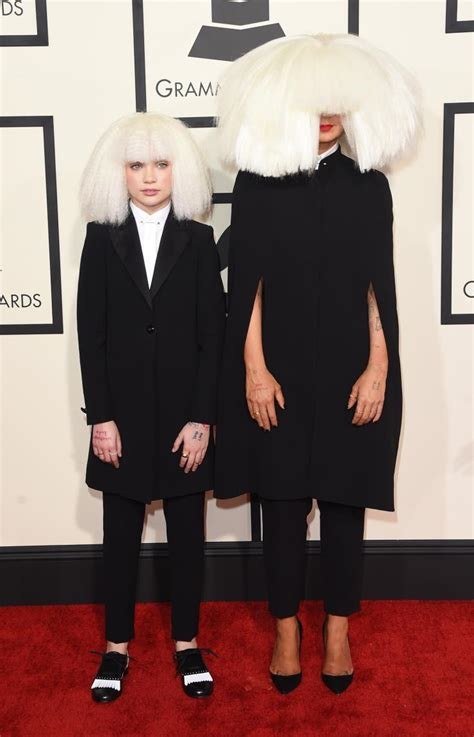 maddie ziegler grammys maddie ziegler performs with sia kristen wiig at the