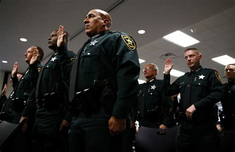 Pinellas Sheriff S Office pinellas sheriff s ranks swell by more than 3 dozen tbo
