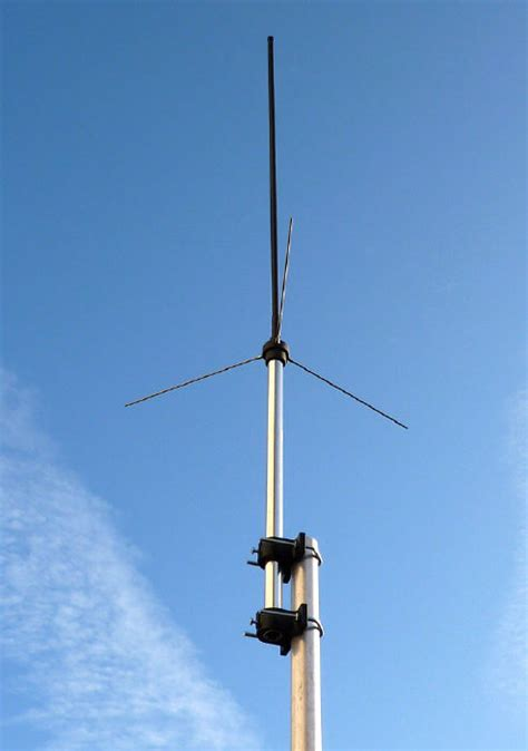 basic antennas for vhf uhf field communications part 1 survivalcomms