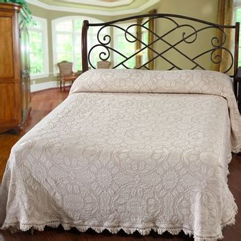colonial coverlets colonial rose bedspread