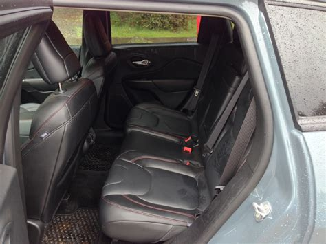 jeep backseat back seat safety toyota 86 cup electric showdown what s