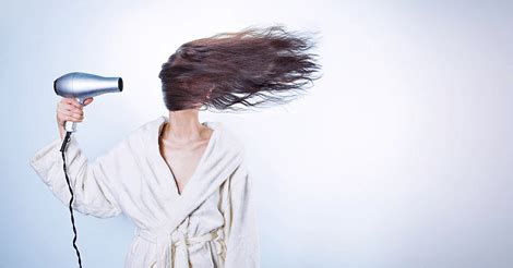 Pelembab Rambut Kering cara mengatasi rambut kering secara alami