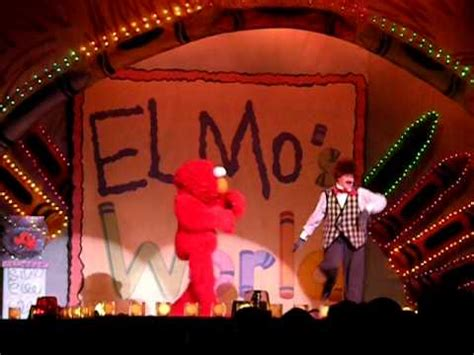 what does a wear when it s mr noodle from elmo s world doovi