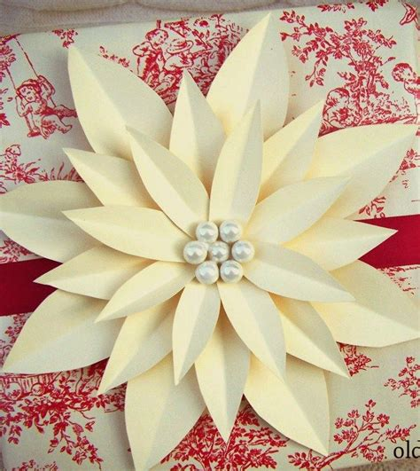 Paper Poinsettias Made From Recycled Cards Template by Best 25 Poinsettia Ideas On Poinsettia Flower