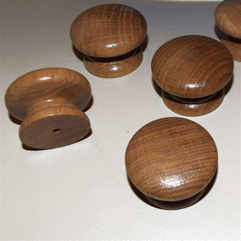 Oak Kitchen Knobs by 20 X Wooden Oak Kitchen Door Knobs Handles Cabinet