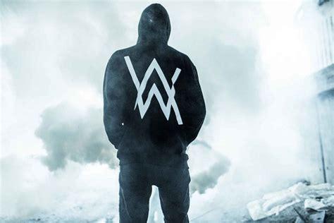 alan walker qui chante alan walker d 233 couvrez les remixes officiels de faded