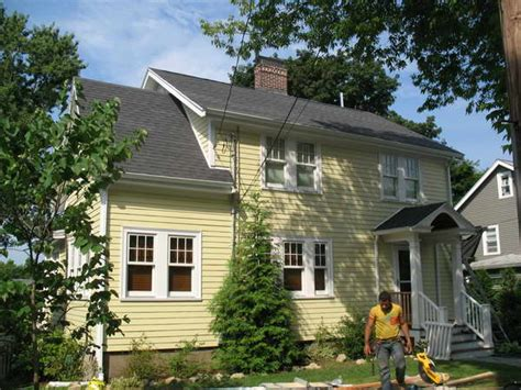 yellow vinyl siding house pictures yellow siding house 28 images yellow buttercream house siding yard outside vinyls