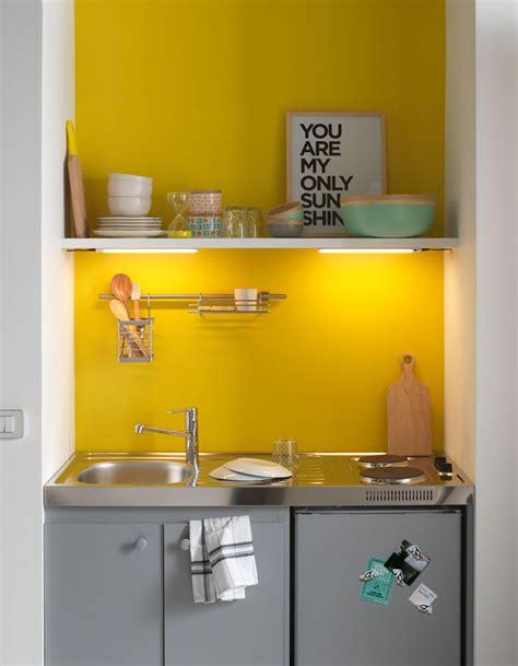 cr馥r une cuisine awesome installez des nons sous les tagres pour illuminer