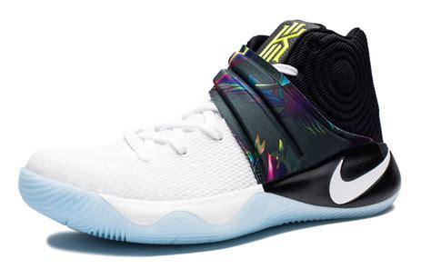 Sepatu Basket Adidas D 5 Nike Lebron Kyrie Ua floral detailing on the nike kyrie 2 parade kicksonfire